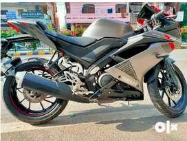 Yamaha R15 v.3.0 ( Bike point )