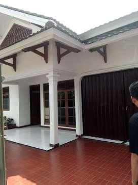 Rumah 1 lantai dikontrakan diarea Fatmawati dekat Cipete
