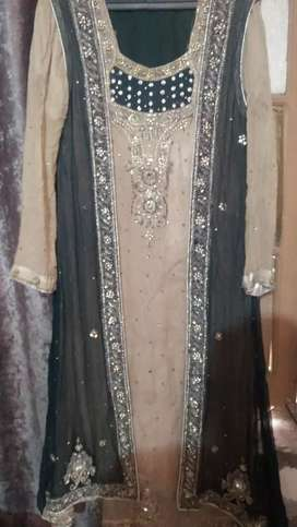 I m selling preloved dress different prices