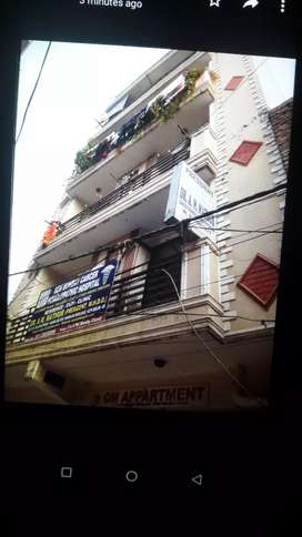 3BHK + Coverd Car Parking.(Lift+CCTV+24x7 Water ×24×7 Security Guard)