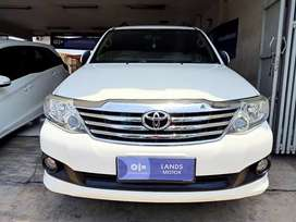 Toyota Fortuner G At Diesel 2012 Putih DP Murah