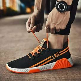 Sepatu sneakers pria sepatu Olahraga