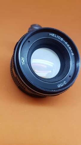 Russian helious M42 mount 58mm f2.0 prime lens