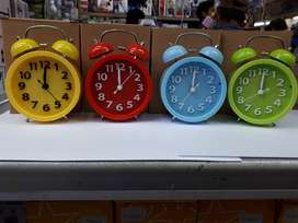Jam Beker Kring Model Bulat Huruf Timbul - Weker bunyi Dering Kencang
