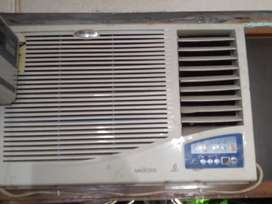 AC in best condition whirlpool with steplizer