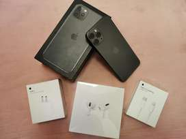 Iphone 11 pro 7 month only