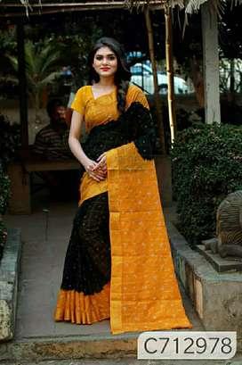 Delicate Litchi Silk Checks Print Regular Saree