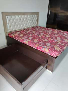 BED WITH SLEEPWELL MATTRESS AND LOWER DRAWER STORAGE.
