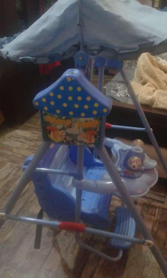 Kids chair swing..2'300 0