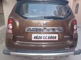 Renault  duster brown colour
