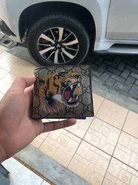 gucci wallet bnib