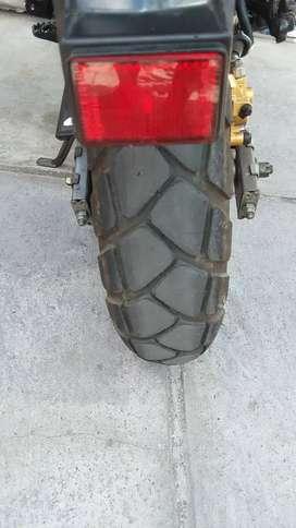 PAKET Ban Metzeler tourance scooter 120/70-12 dan 130/70-12 90% nego