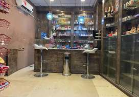 shop for rent on main road near doctor hospital very hot location