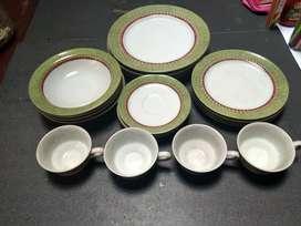 Dinner set / Dinnerware merk Zen