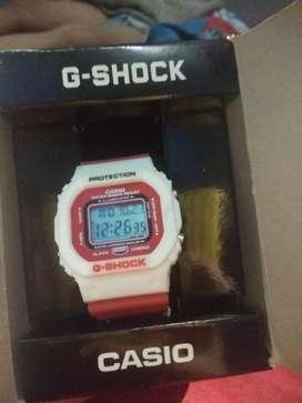 Jam g-shock warna merah putih
