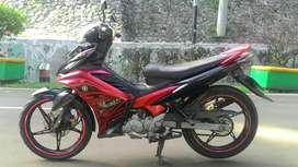 Di jual jupitet mx 2011 warna merah hitam