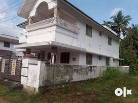 2700 Sq ft,4 BHK posh House in 6.5 cent 5 km away from mercy college