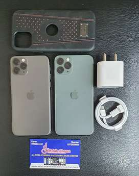Iphone 11 pro 64gb green n space Grey 95% plus battery health.