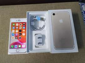 iPhone 7 128 GB gold 100% condition