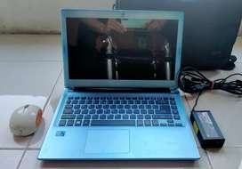 *Laptop Acer V5-431 Slim Design*