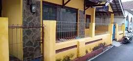 Di kontrakan rumah di belakang UMM magelang