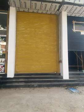 SHOP FOR RENT  @ COLLEGE ROAD