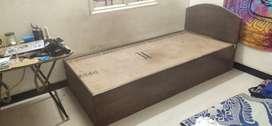 Wooden cott