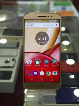 Motorola Moto M 3GB 32GB (Gold) In Brand New Condition