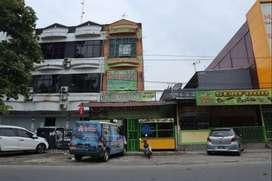 Disewakan /DIJUAL RUKO STRATEGIS Cocok Tempat Usaha di Inti kota Medan