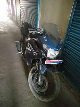 Honda CBR 150  blue colour well condition get ready 2 sell