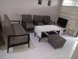 Jasa service sofa panggilan bergaransi