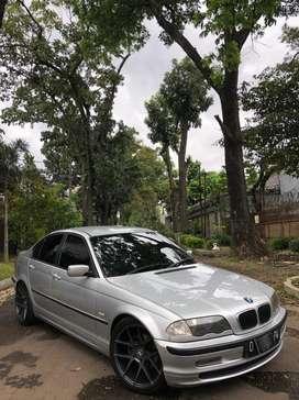 BMW 318i M43 E46 thn 2000 (Mulus)