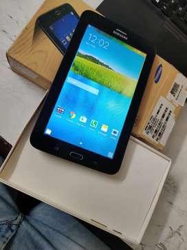 Samsung Tab 3V 8gb like new condition calling Tab