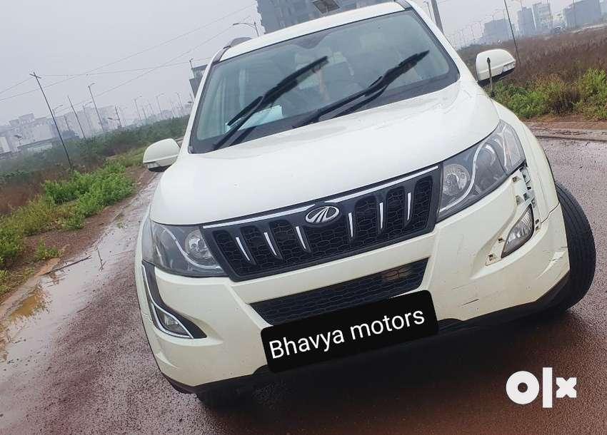Mahindra Xuv500 XUV500 W6, 2015, Diesel 0