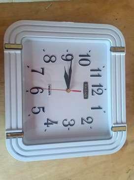 Jual jam baru ukuran 30cm