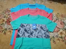 Cut price Ready made Summer boys Tee shirts (mix sizes 20 to 26)