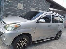 Daihatsu xenia 2005