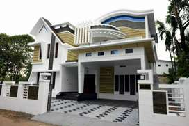 5 bhk 4000 sqft 8 cent brand new laxuary villa at  palarivattom