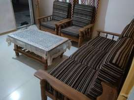 1 BHK Newly painted Furnished Excellent Flat on rent at Ellorapark