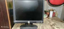 17 inches Dell 720p Monitor