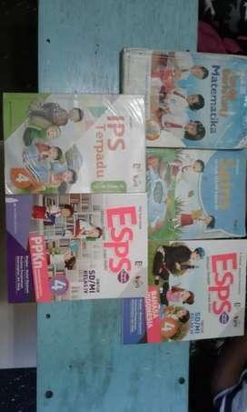 Lagi cari buku kelas 4 sd penerbit erlanggan kurikulum 2013 revisi