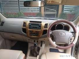 Dijual Toyota Fortuner 2008