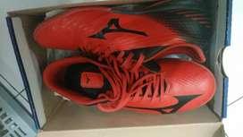 Sepatu futsal mizuno original mulus