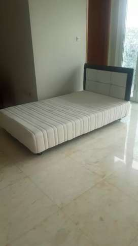 Spring bed bekas rasa BARU.good condition