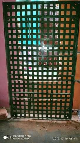Steel Bed Jali Wala