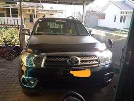 Fortuner G mt diesel 2011