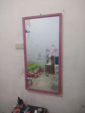 Cermin bekas gitu aja