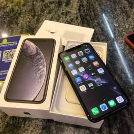 i phone xr 256 gb black color available 'excellent condition