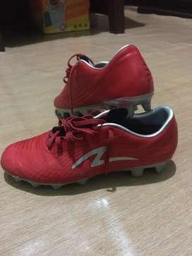 Jual sepatu specs ukuran 40