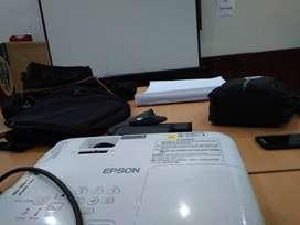 Jasa Rental LCD Proyektor dan Screen murah 24 Jam Area Pedan